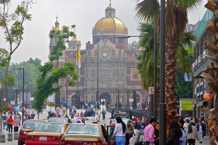 approaching the basilica