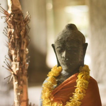 buddha of the ruins